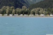 Campingplatz (unser Truck Camper ist der 4. von links)