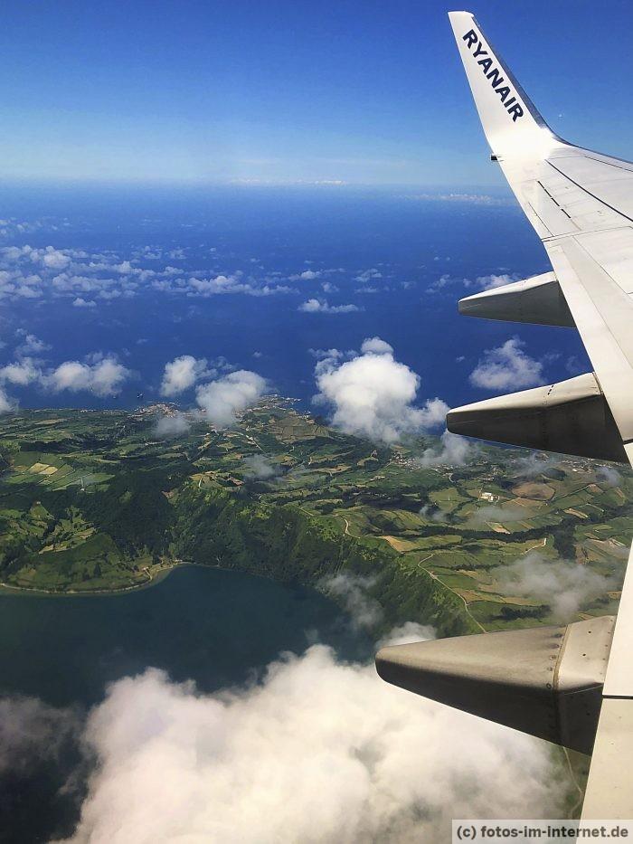Azoren Urlaub - Ryanair Flug nach Sao Miguel