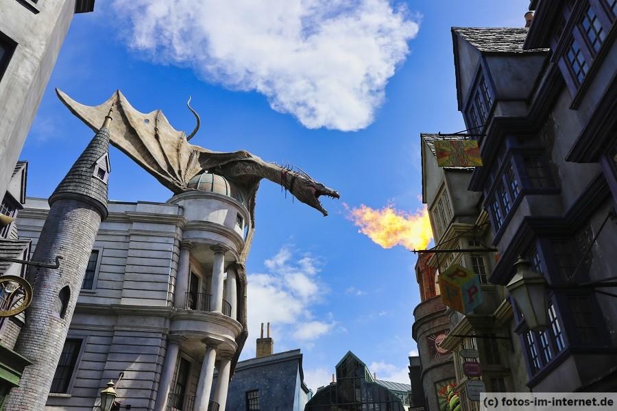 Universal Studios Florida - Harry Potter Gringotts Drachen